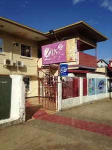 Februari 2014: Resort Zin aan de Roseveldtkade in Paramaribo (foto: René Hoeflaak)