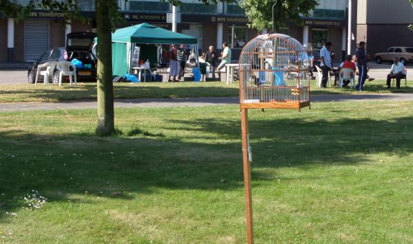 Rotterdam, juli 2013: Parmentiersplein. Wedstrijddag Surinaamse Zangvogelvereniging Euromast (foto: René Hoeflaak)