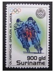 Alhoewel Suriname op de Olympische Spelen van 2008 niet uitkwam op het onderdeel wielrennen bracht het land toch een postzegel uit met wielrenners, net als Bermuda (bron en foto: www.postzegelblog.nl
