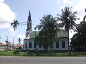 Februari 2011: Kerk in Nieuw Nickerie, district Nickerie (foto: René Hoeflaak)
