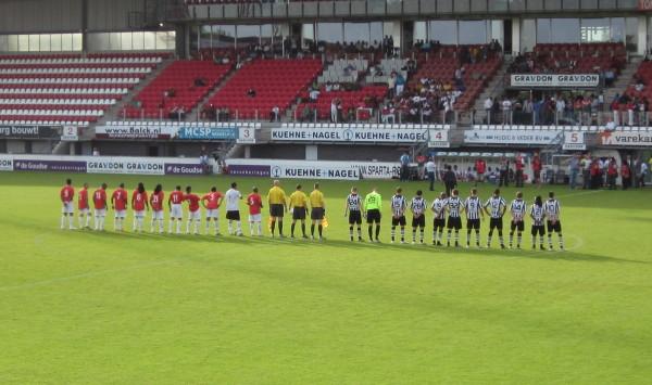 De Suriprofs in het Sparta stadion in Rotterdam, mei 2011 (foto: René Hoeflaak)
