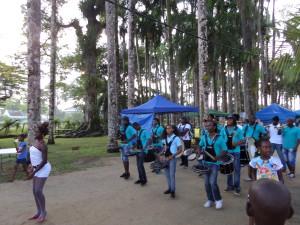 Suriname, Paramaribo; Brassband in Palmentuin, november 2014. (foto: René Hoeflaak)
