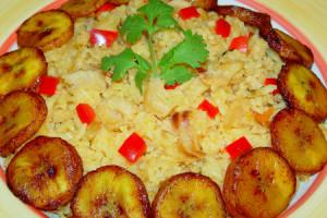 Surinaamse rijstmaaltijd (bron: www.surinaamserecepten.eu)