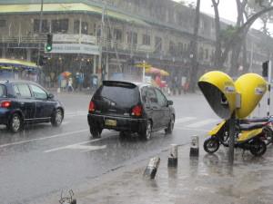 Regen in Suriname (foto: René Hoef;aak)