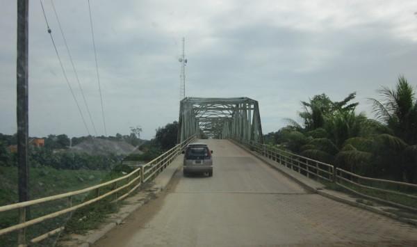 2011: weg van Commewijne naar Marowijne (foto: René Hoeflaak)