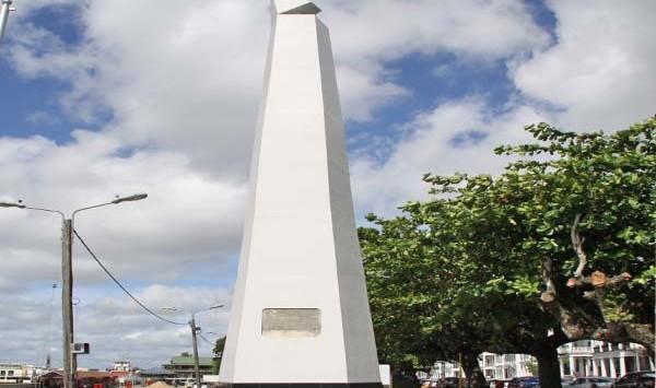 Monument gesneuvelde militairen (bron foto: Dagblad De West)