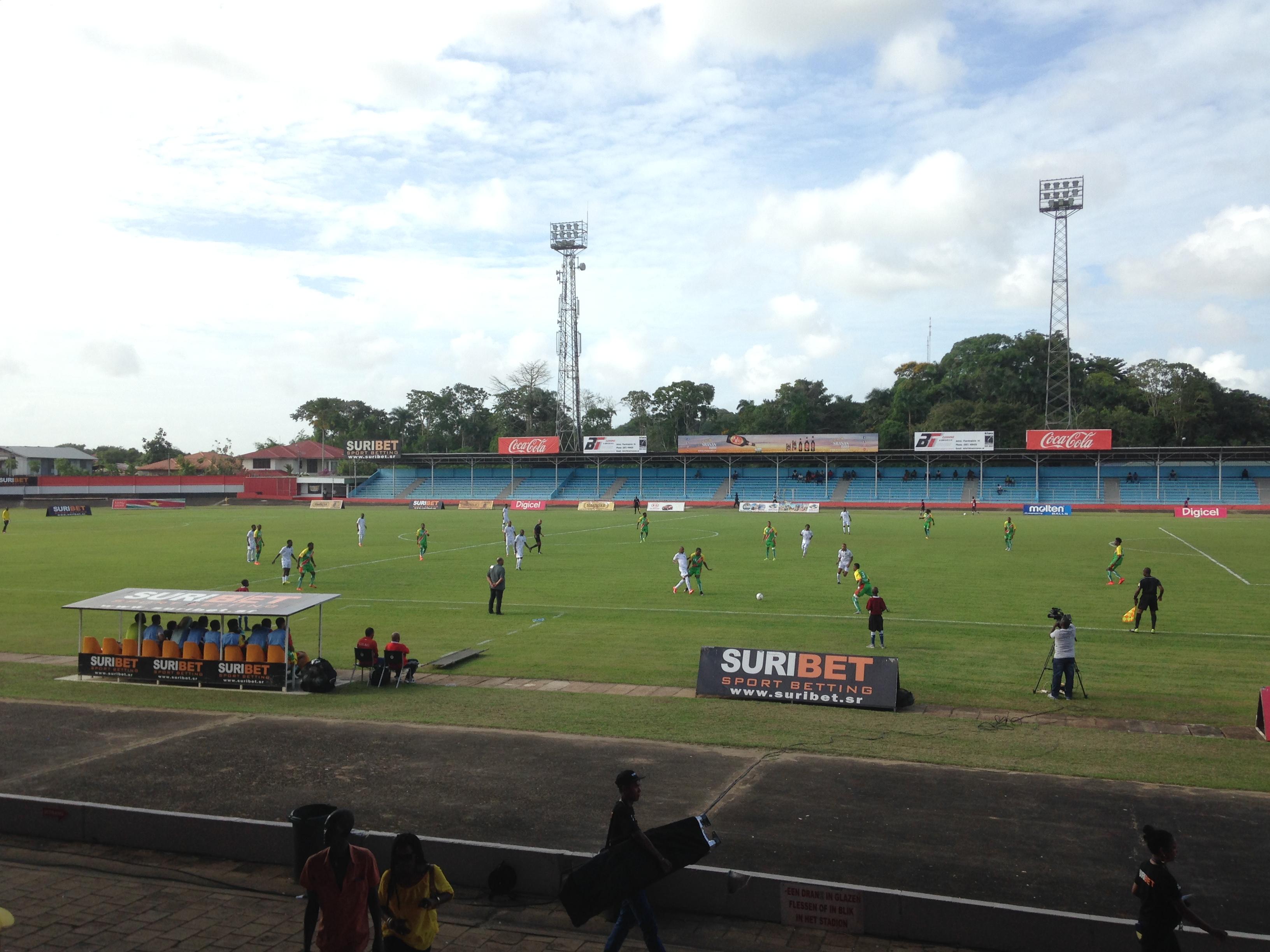 Andre Kamperveen stadion Paramaribo
