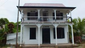 Paramaribo, pand Costerstraat na restauratie (oto: presentatie Stadsherstel Paramaribo)