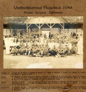 Voetbaltoernooi 1944 (foto: collectie Guno Hoen)