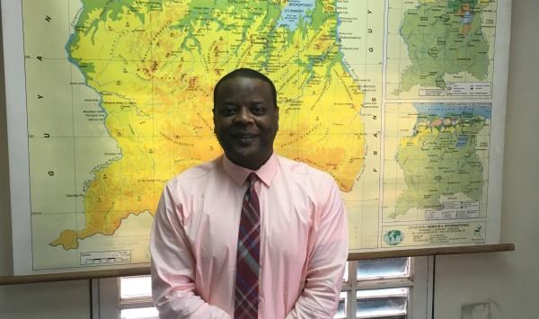 Jerry A-Kum, directeur Stichting Toerisme Suriname (foto: René Hoeflaak)