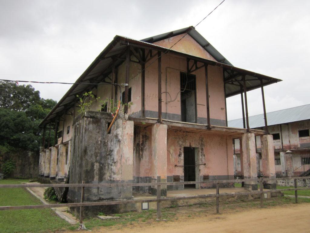 Frans Guyana,, de beruchte en beroemde gevangenis in St. Laurent du Maroni