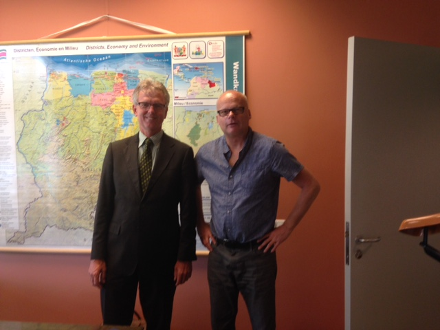 Nederlandse Ambassadeur in Surinaamse Ambassadeur