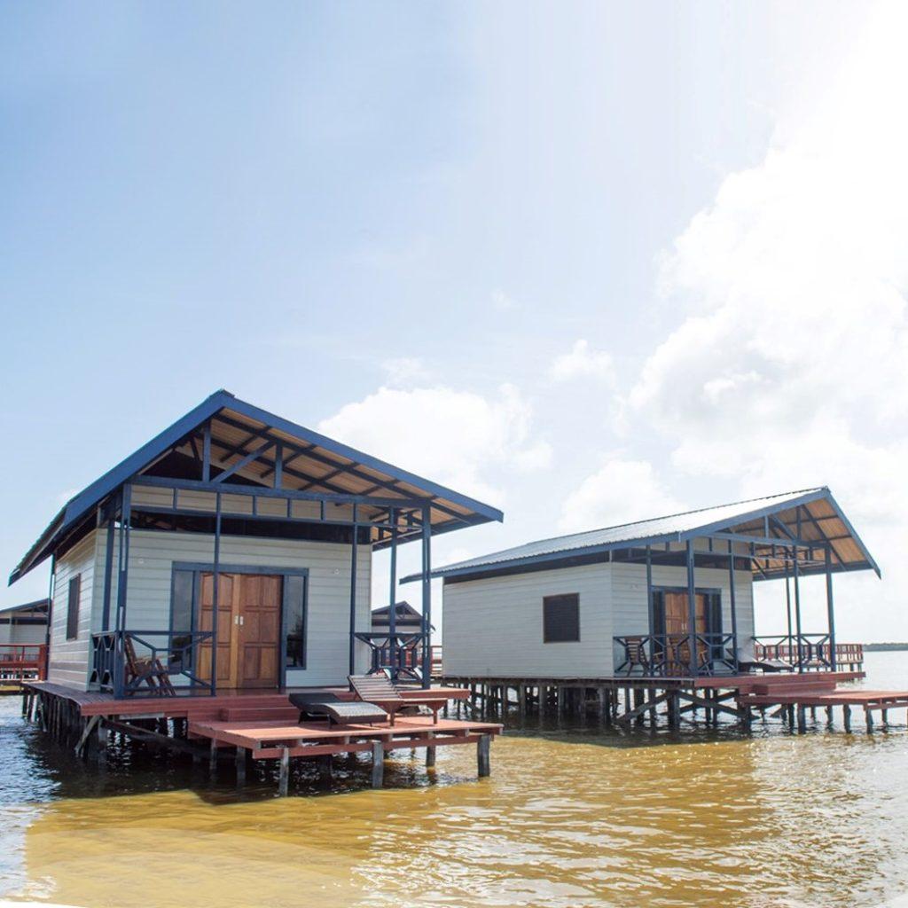 Akira Overwater Resort (foto: Jeaffrey Jeaffrey Jong Tjien Fa)
