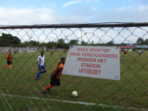 Voetbal in Suriname